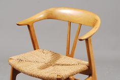 Form Armstol med Innfellinger i seteryggen!Torbjørn Afdal. Produsent: Nesjestranda Møbelfabrikk, periode: c. 1957, Sett av 4 armstoler i patinert bøk og messing. Flettet sete.