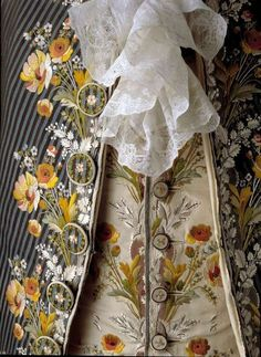 Detail embroidery, court suit, France (Paris), c. Blue and brown striped silk embroidered with naturalistic floral motifs in multicoloured silk threads; waistcoat: cream silk satin with the same floral embroidery. This suit belonged to Axel van Fersen. 18th Century Clothing, 18th Century Fashion, 19th Century, Vintage Dresses, Vintage Outfits, Vintage Fashion, Historical Costume, Historical Clothing, Rococo