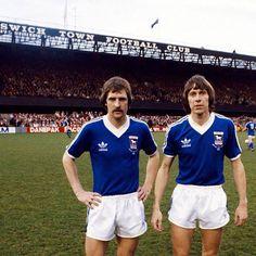 Double Dutch: Frans Thijssen and Arnold Mühren, Ipswich Town Football Club Retro Football, Football Art, Football Players, Ipswich Town Fc, Image Foot, Blue Army, Everton Fc, Leeds United, Premier League