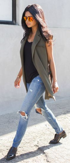 Olive Sleeveless Blazer # In Wanderland Trends Of Spring Apparel Sleeveless Blazer Olive Blazer How To Wear Blazer 2015 Blazer Where To Get Blazer How To Style Mode Outfits, Fall Outfits, Casual Outfits, Casual Summer Outfits With Jeans, Jean Vest Outfits, Gilet Kimono, Khakis Outfit, Mode Kimono, Looks Jeans