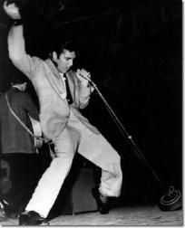 Early Elvis on Stage / Free Shipping $8.00