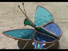 Build your first 3 dimensional stained glass project. This is a full simple 6 piece glass butterfly. Stained Glass Cabinets, Stained Glass Lamps, Stained Glass Projects, Stained Glass Patterns, Leaded Glass, Stained Glass Windows, Mosaic Glass, 3 D, Art Nouveau