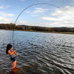 FLYFISHERGIRL.COM - Real Women, Real Fish, Real Adventure.