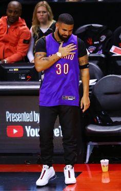 Only Drake, Girl Power Songs, Drake Wallpapers, Drake Clothing, Best Rap Songs, Estilo Street, Drake Drizzy, Drake Graham, Good Raps