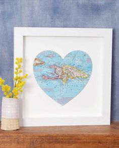 Bombus Bespoke Location Map Heart // Show off your favourite location with bride in this bespoke map heart print from Bombus. Whether it was your first holiday or the place you said yes, this print makes a great gift for newlyweds or anniversaries.