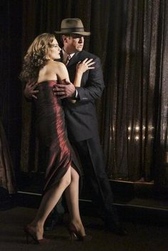 Nathan Fillion and Stana Katic in Castle (The Blue Butterfly)