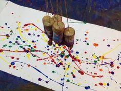 Garabateo desordenado (2-4 años) Pintar con potes de botella