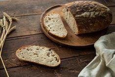 Špaldový kváskový chlieb - Chuť od Naty: Foodblog o chutnom jedle a ... Plated Desserts, Recipes, Backgrounds, Plates, Basket, Bread, Licence Plates, Dishes, Plate