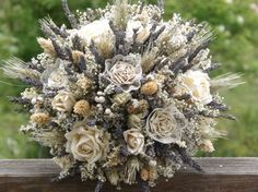 this is a different option for bridal bouquets, look at it from the side view