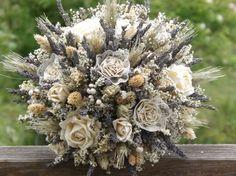 Lavande séchée, fleurs séchées, blé, Rose, papier et dentelle Bouquet de mariée sur mesure