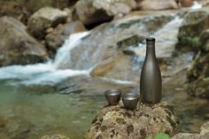 Titanium Saké Cup – Snow Peak - This set would not help my sake habit. Or maybe help too much. Sake Wine, Sake Bottle, Flask, Drinking, Neutral, Pure Products, How To Make, Snow, Design