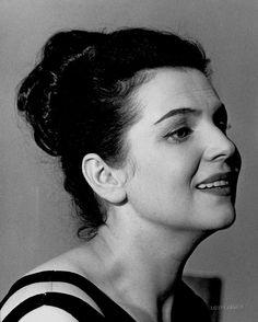 Galina Vishnevskaya Opera Singer