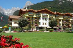 Il Dolomiti incorniciato dal Gruppo di Brenta
