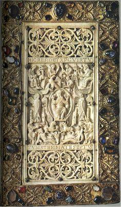 Codex cover Ivory Book co (Munich, Staatsbibliotek) Retrieved by the web copyright by Munich, Staatsbibliotek