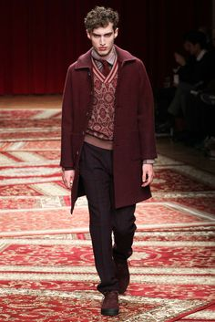 I want this entire look. I need burgundy for fall. || Missoni - Fall 2015 Menswear - Look 9 of 32