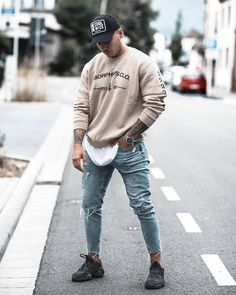 competitive price 1cd2f 276a9 74 Best Yeezy 500 Outfits images | 90s fashion, Daily style ...