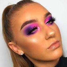 Makeup Eye Looks, Eye Makeup Art, Pink Makeup, Glam Makeup, Eyeshadow Makeup, Fairy Makeup, Mermaid Makeup, Eyeshadows, Pop Of Color Eyeshadow