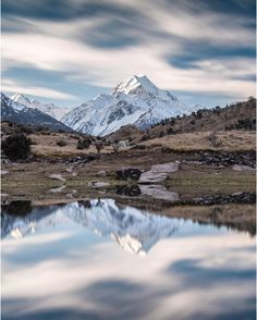 Our biggest mountain captured through the lens of @debc_nz  #hakatours  _________________________________  #mtcook #seasons #nz #travel #newzealand #kiwi #instatravel #travelgram #summer #nature #northisland #southisland #aotearoa #scenery #sceneryporn #beautiful #summer #ourplanetdaily #neverstopexploring #lonelyplanet #splendid_earth #tourtheplanet #beautifuldestinations #igbest_shotz #naturelovers #roamtheplanet #worldshotz #wanderlust #openmyworld
