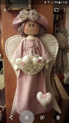 Diy Arts And Crafts, Handmade Crafts, Angel Crafts, Clothespin Dolls, Doll Painting, Fairy Dolls, Soft Dolls, Doll Crafts, Doll Patterns