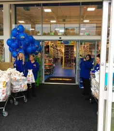 Our #Bradford store is now OPEN! Did any of you stop by to enjoy the opening party today?  #Smyths #smythstoys #smythstoyssuperstores #storeopening #party #Shopkins #playdoh #Thunderbirds #barbie #skylanders #grosserygang #Oscar #IfIWereAToy #weekendfun #familyfun