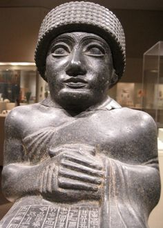 Diorite statue of Gudea, ruler of the Sumerian city of Lagash in Southern Iraq, dating back to around 2090 BCE. The Metropolitan Museum of Art, New York City, NY. Photo by Babylon Chronicle