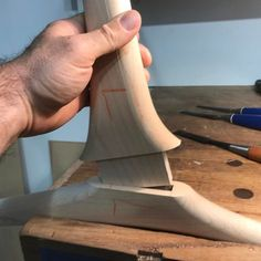 A good fit. Once these two pieces of wood are glued together they aren't coming apart. It's what you can't see in the finished piece that… Woodworking Joints, Woodworking Furniture, Wood Furniture, Chair Design Wooden, Wood Design, Joinery Details, Bois Diy, Wood Joints, Easy Wood Projects