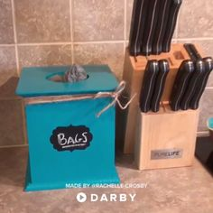 How to Repurpose an Old Tissue Box #darbysmart #diy #diyprojects #artsandcrafts #easydiy #upcycle #recycle #repurposing #thriftstore #reuse