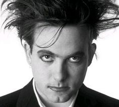 Robert Smith... My high school crush ❤❤❤