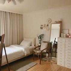 Interior Design and Home Decor Ideas Room Ideas Bedroom, Home Bedroom, Bedroom Decor, Bedrooms, Decor Room, Bedroom Designs, Apartment Interior, Room Interior, Interior Design