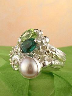 #smykkekunst, #smykker #Kobenhavn, Gregory Pyra Piro Håndlavet Sølv og Guld med Ædelstene Ring Nr. 1438