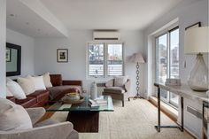 Julia Roberts Is Getting Rid of One of Her NYC Penthouses - Curbed NY