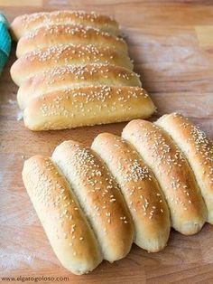 El gato goloso: pan fácil de perro caliente (hot dog)
