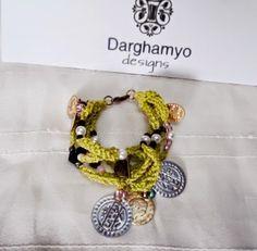 Darghamyo designs: Pulsera lima en crochet, de 5 vueltas con abalorio...