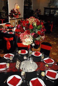 Table settings and centerpeices