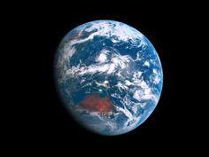 Contemplando el día y la noche, sucesivamente, de la Tierra desde una perspectiva única