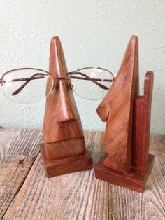 Retro Eyeglass Holder Vintage Big Nose di KatiesAngelwings su Etsy, $12.00