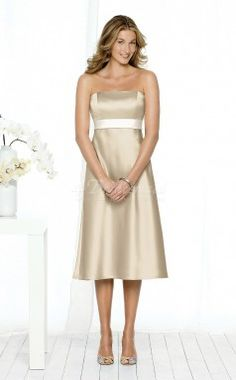 Champagne Satin A-line Strapless Knee-length Bridesmaid Dresses(BD620)