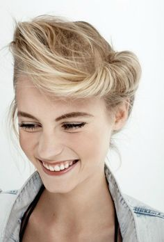 40s style rolled blonde updo