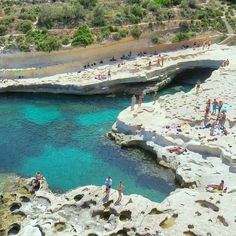 #Malta Find a rock and jump into the sea! The turquoise sea in Malta is waiting for you!