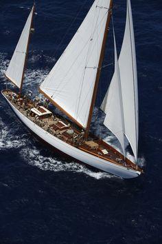 Transatlantic — Yacht Charter & Superyacht News Sailing Ships, Sailing Yachts, Luxury Yachts, Catamaran, Courses, Boat Shoes, Racing, Adventure, Sailboats