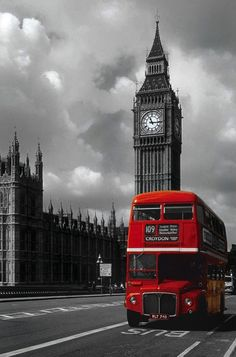 Big Ben London Bus, route 88.  Goes past Westminster, Parliament and the Tate museum.