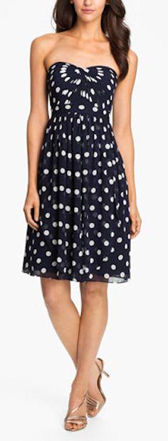 Beautiful Strapless Chiffon Dress http://rstyle.me/n/eycrrr9te
