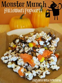 Monster Munch Halloween Popcorn- So yummy and perfect for upcoming Halloween parties!