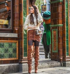 Cable knit sweater brown leather skirt and brown slouchy thigh boots outfit Thigh High Boots, High Heel Boots, Over The Knee Boots, Heeled Boots, Tall Boots, Brown Leather Skirt, Leather Boots, Sexy Boots, Sexy Heels