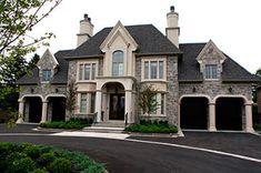 50 Best Exterior Paint Colors for Your Home – – Dream House Best Exterior Paint, Exterior Paint Colors, Exterior Design, Dream Home Design, My Dream Home, House Design, Luxury Homes Dream Houses, Dream Homes, Dream Mansion