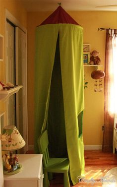 How to make a recycled kid's play tent - using a hula hoop and curtains