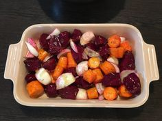 uunijuurekset Fruit Salad, Food And Drink, Meat, Fruit Salads