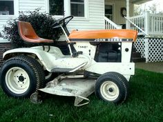 Orange JOHN DEERE 140 Patio Edition Lawn Tractor