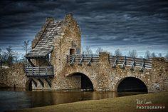 Stone Bridge in Blount Park, Montgomery Alabama by ricklewisphotography, via Flickr