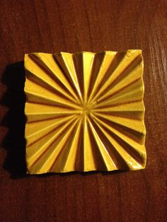 Płytka ceramuczna 9/9 cm Promienista